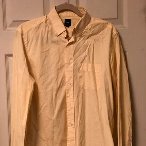 GAP Men's Button Down Peach Shirt Size M